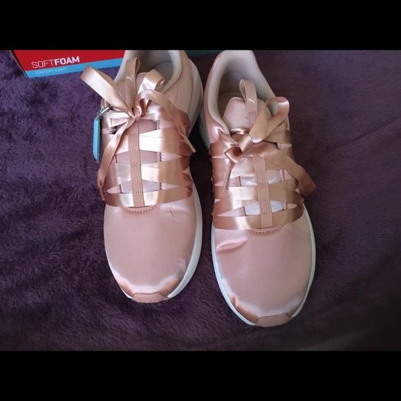 9f84a6b5 NWT Puma Prowl Alt Satin Sneakers, Peach ! 10m NWT